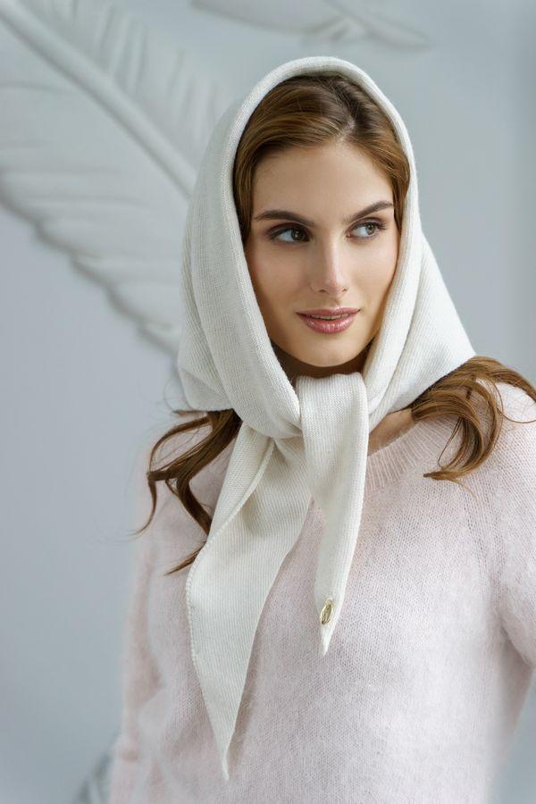Косынка женская Mira Adriana 7.572-02 белая - фото 1