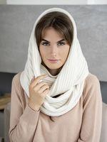 Снуд женский Mira Adriana 8.726-1 белый